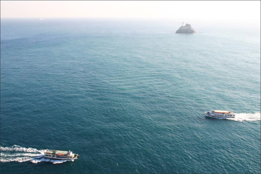 유람선과 주전자섬