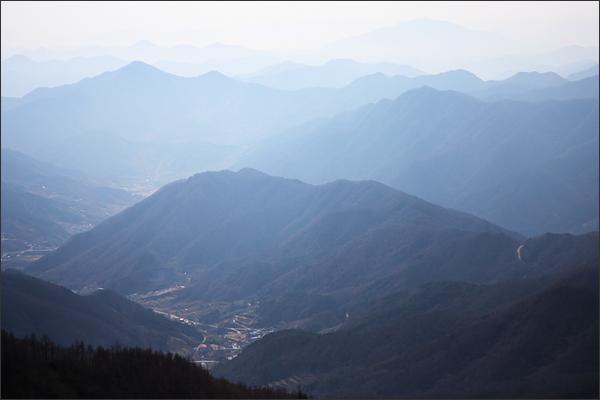 천왕봉에서 바라본 남쪽 전경(중산리)
