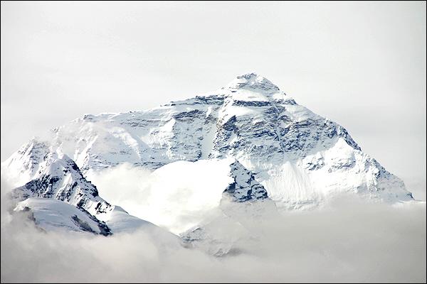구름속의 에베레스트