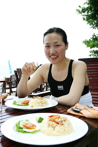 해변의 식사