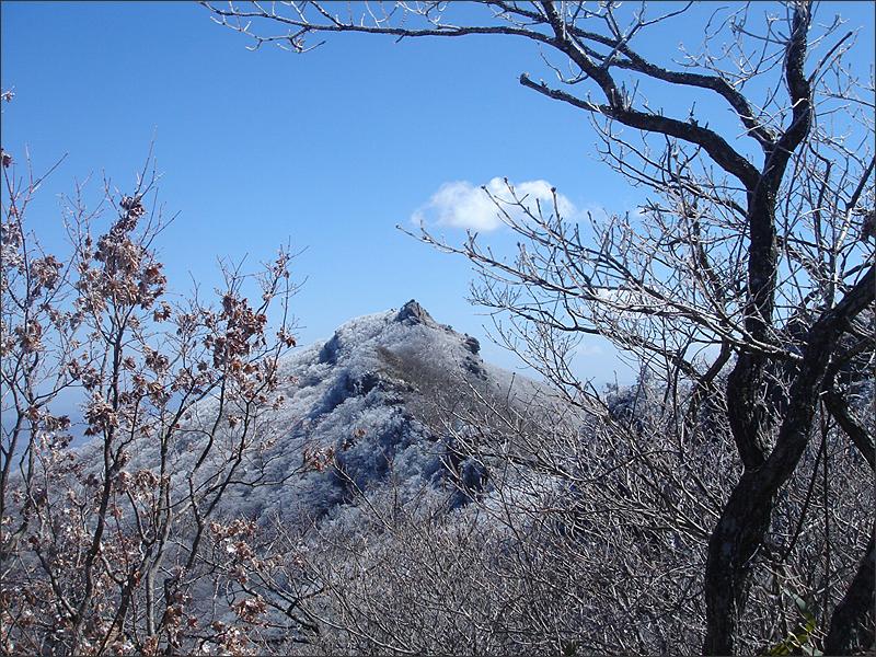 눈앞에 다가온 백운산