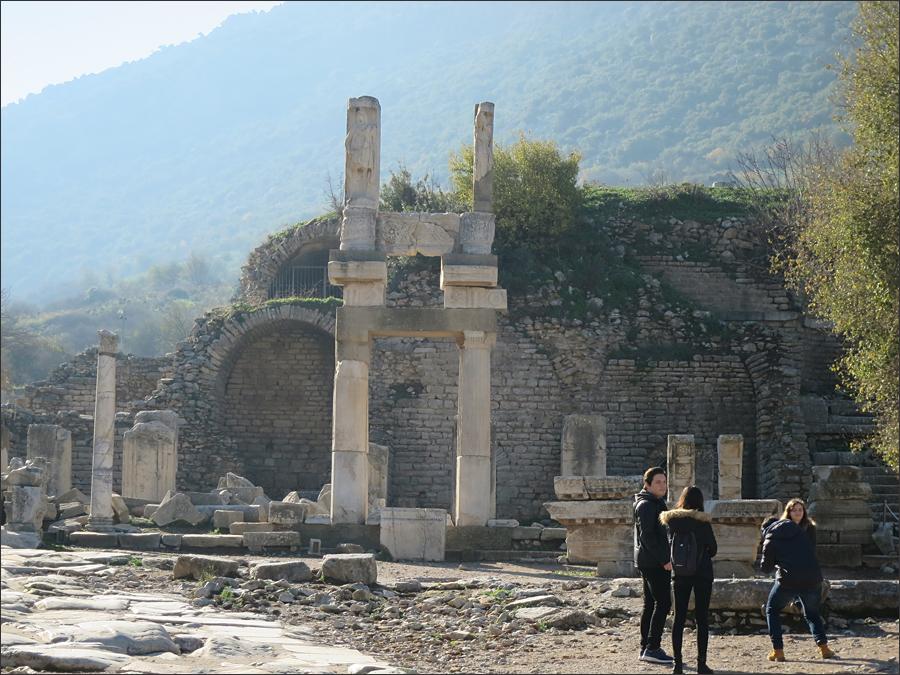 도미티아누스 신전